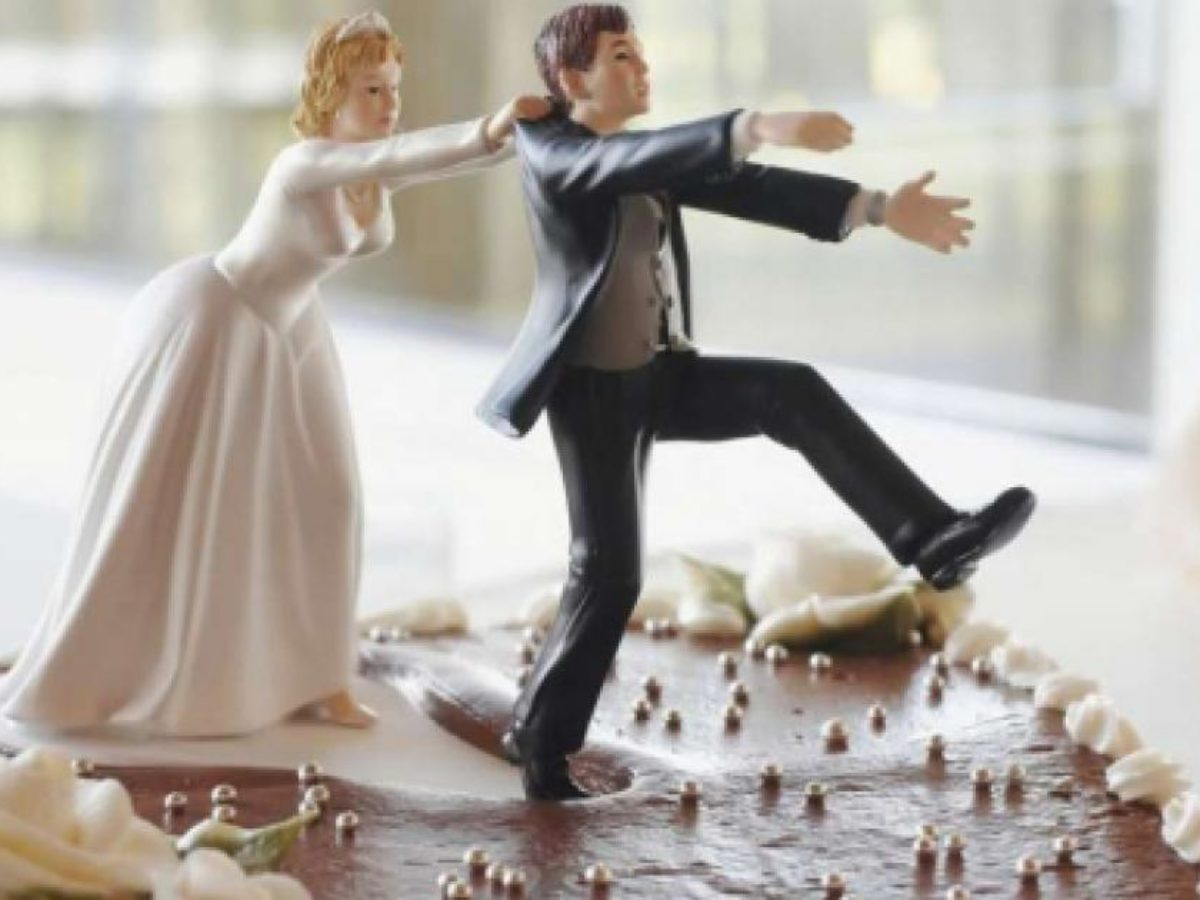 Frasi Divertenti Matrimonio Amici.Frasi Divertenti Sul Matrimonio 80 Aforismi Spiritosi E Simpatici