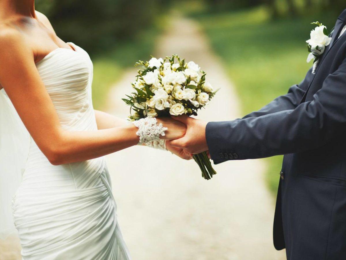 Frasi Anniversario Di Matrimonio Un Anno.Frasi Per Anniversario Di Matrimonio I 60 Auguri Piu Belli