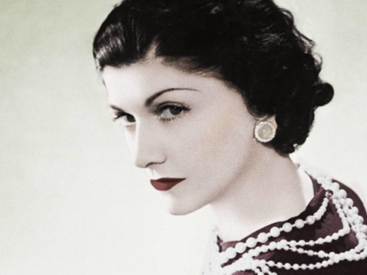 Frasi di Coco Chanel: le 50 più famose su Moda, Eleganza e Femminilità