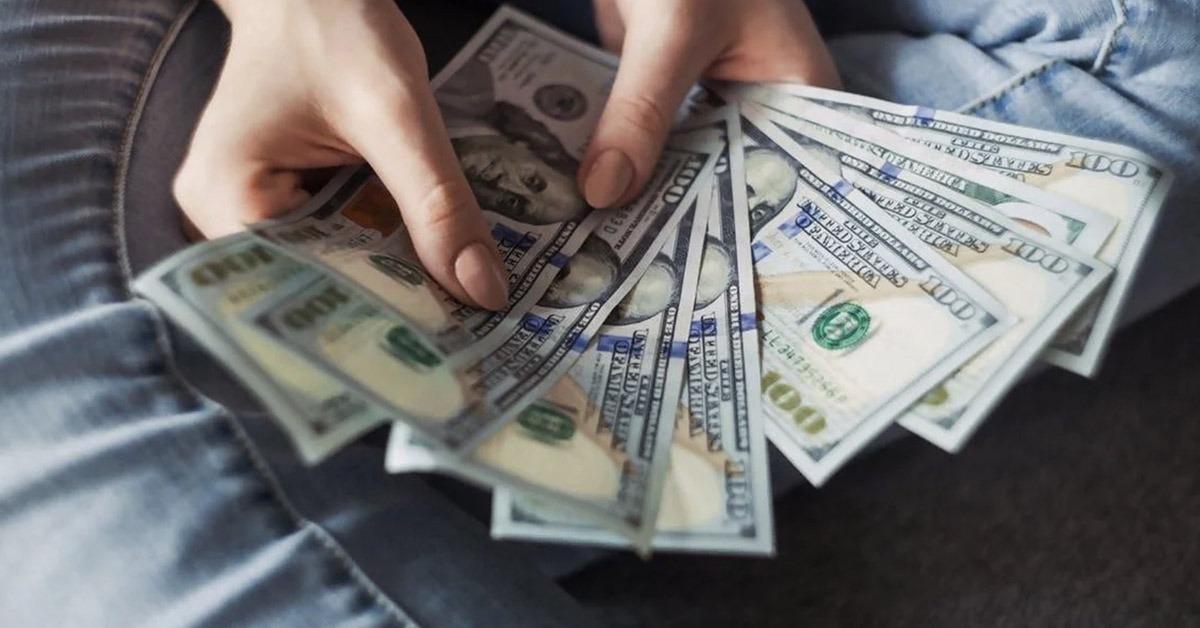 senza soldi in inglese